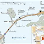 Мост Бэй Бридж соединяет Сан-Франциско и Окленд через туннель на острове Йерба-Буэна